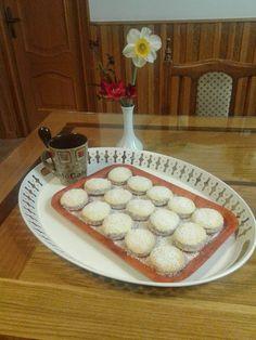 Turismo Rural: Alfajores de maicena ( dulce argetino muy conocido... Pie, Desserts, Food, Sweets, Deserts, Torte, Tailgate Desserts, Cake, Fruit Cakes
