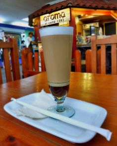A R O M A  D I  C A F F É  Inicia tu semana con energía y acompáñanos a disfrutar un delicioso #LatteVaniglia  sólo en: #AromaDiCaffé . .  #MomentosAroma#SaboresAroma#ExperienciaAroma#Caracas#MejoresMomentos#Amistad#Compartir#Café#CaféVenezolano#PrensaFrancesa#Coffee#FrenchPress  #Espresso #CoffeePic #CoffeeLovers #CoffeeCake #CoffeeTime #CoffeeBreak #CoffeeAddicts #CoffeeHeart #InstaPic #InstaMoments #InstaCoffee #TerceraOla #BaristaLife #Barismo Visítanos en el C.C. Metrocenter pasaje…