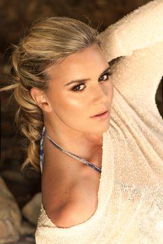 Newport Beach Photo Shoot with Model Ali - Summer Makeup and Hair