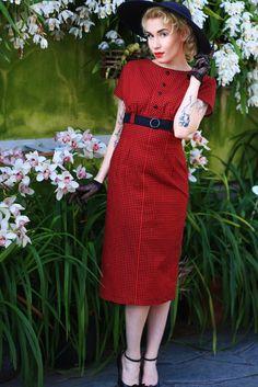 Vintage style dress, black and red pepita plaid dress    Photo: (c) Eliza Rask