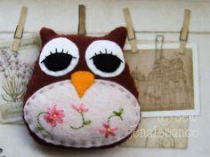 Felt Pattern PDF Woodland Owl Plushie Pin Cushion DIY. $7.00, via Etsy.