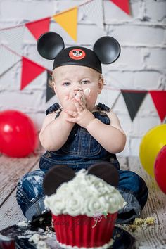 Cake Smash Photo , First Birthday , Mickey Mouse Theme | Manhattan , Kansas Photographer | staceyzphotography.com