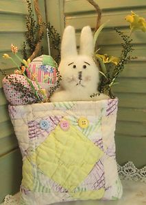 SPRING Gathering - Easter BUNNY Rabbit & EGGS - Primitive ANTIQUE Quilt Pocket
