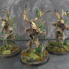 Kurnoth hunters with bows. #ageofsigmar #warhammer #sylvaneth #wargaming #gamesworkshop #paintingwarhammer #paintingforgeworld #aos #aos28 #darkageofsigmar #leshen #thewitcher #thewitcher3 #kurnothhunters