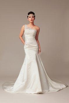 A-line One Shoulder Short Sleeve Crystal Court Train Wedding Dress_A-Line_Bridal_Find Beautiful Wedding Dresses, best wedding gowns, Buy New Bridal dress on line | Vogueseason.com bridal shop