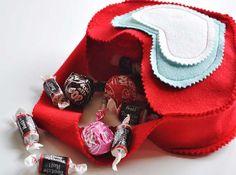 Bolso corazón lleno de dulces...