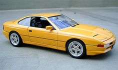 BMW 850i - yellow car