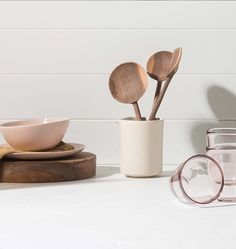 Città is a design house based in Auckland, New Zealand bringing you a fresh, coordinated, contemporary range of New Zealand designed, globally inspired homeware and clothing Wood Tree, Wood Sizes, Serving Board, Kitchen Dining, Tree Stumps, Spoons, Kenya, Utensils, Tableware