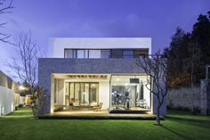 8A House by Dionne Arquitectos