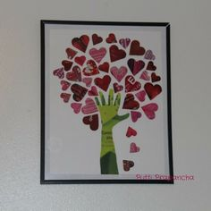 hand tree, now thats kid art on the wall in our home!!