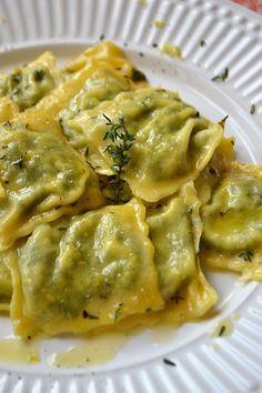 massa caseira, espinafre, pasta all'uova, pasta fresca, ricota, massa recheada