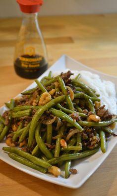 Wokki vihreistä pavuista ja jauhelihasta | Maku Fodmap Recipes, Healthy Recipes, Healthy Food, My Cookbook, Green Beans, Food And Drink, Fruit, Vegetables, Drinks