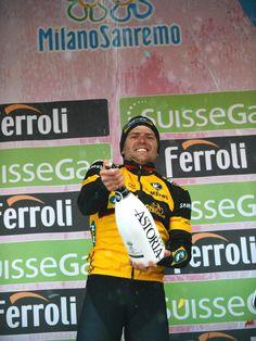 Gerald Ciolek gewann als dritter deutscher Radprofi nach Rudi Altig und Erik Zabel sensationell Mailand-San Remo. (Foto: Luca Zennaro/dpa)
