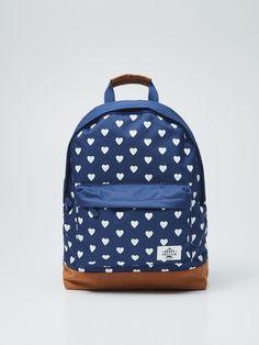 http://www.house.pl/pl/pl/ona/kolekcja/torby-plecaki/oy475-59x/ladies-rucksack