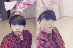 Jungkook KOOKIE BTS BANGTAN boy Easter bunny 2015 selca