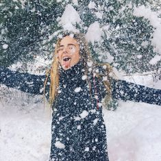 Pin by ✰ lindsey sale ✰ on ✰ winter wonderland ✰ зимний стил Ft Tumblr, Winter Instagram, Snow Pictures, Snow Senior Pictures, Snow Photography, Foto Casual, Artsy Photos, Winter Pictures, Picture Poses