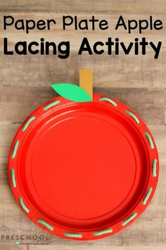 How To Make A Paper Plate Apple Lacing Activity For Preschoo.- How To Make A Paper Plate Apple Lacing Activity For Preschoolers Paper Plate Apple Lacing Activity – works on fine motor skills in a fun and easy way - Preschool Apple Activities, Preschool Apple Theme, Fine Motor Activities For Kids, Motor Skills Activities, Autumn Activities, September Preschool Themes, Preschool Apples, Preschool Fine Motor Skills, Fall Preschool Activities