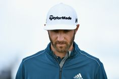 Stay on top of the game with this stylish #TaylorMade golf gap #DustinJohnson #golf #GolfAccessories #GolfGear #GolfCap #eGolfMegastore #GolfShop Dubai #eGolf