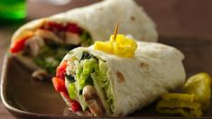 Veggie Wraps Sandwiches ready in 20 minutes! Wrap these cheesy tortillas filled in by lettuce leaves and veggies – a delicious meal. Tortillas, Veggie Wraps, Vegetarian Recipes, Cooking Recipes, Healthy Recipes, Vegetarian Sandwiches, Going Vegetarian, Vegetarian Breakfast, Vegetarian Dinners