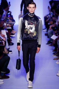 Louis Vuitton Spring 2016 Menswear Collection Photos - Vogue