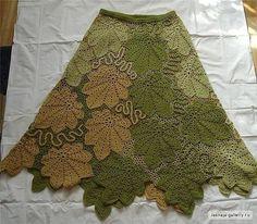 26 Preciosas faldas maxi en crochet 26 Preciosas faldas maxi en crochet at Crochet Bodycon Dresses, Black Crochet Dress, Crochet Skirts, Crochet Blouse, Crochet Clothes, Freeform Crochet, Filet Crochet, Irish Crochet, Crochet Yarn