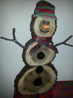 Daddy Mommy Amp Baby Snowmen Made From Log Slices