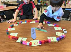 Hey everyone, it& Susan from Thank God it& First Grade (TGIF) and I am here to share some of my favorite free math centers with you! At the beginning of the year there can be A LOT to prepare and ge Teaching Time, Teaching Math, Teaching Resources, Math Classroom, Kindergarten Math, Classroom Ideas, Pair Et Impair, Maths 3e, Teacher Table
