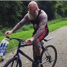 "415 Likes, 2 Comments - @beard4life on Instagram: ""@juan_rekers #instabeard #beards #beardoftheday #beardgang #beardstyle #beardlife #beardlove…"""