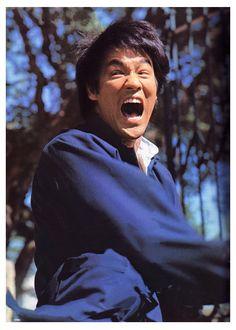 Bruce Lee Master, Bruce Lee Art, Bruce Lee Martial Arts, Bruce Lee Quotes, Bob Marley, Eminem, Bruce Lee Chuck Norris, Einstein, Bass Fishing Shirts