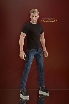 """1//6 Red White Shirt Jeans Pants Clothes Set For 12/"""" Hot Toys Action Figure"""