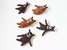 Felt bear pins