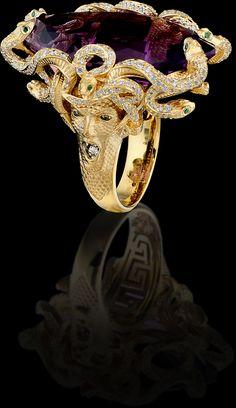 Medusa Ring 10193 Collection: Mysticism  18K yellow gold, amethyst 31,27 ct, diamonds, green diamonds.
