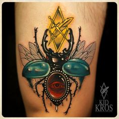 colorful Insect tatto                                                                                                                                                                                 Mais