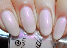essence - Pearls are a Girl's best Friend (Aquatix LE)