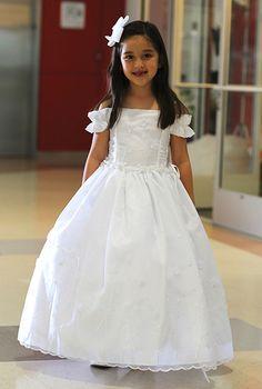 Flower Girl Dresses #AG575L : Adorable Off-Shoulder Old Fashioned Organza Dress w/ Flower Embroidery Girl Dress