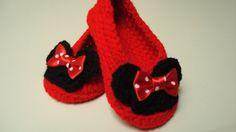 Minnie Mouse inspiré Crochet chaussons bébé à par HendrasHandcrafts