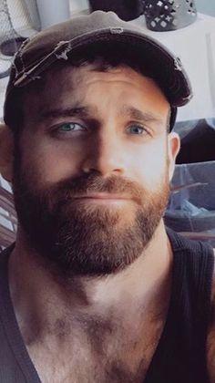 Scruffy Men, Handsome Black Men, Hairy Men, Bearded Men, Handsome Faces, Handsome Guys, Great Beards, Awesome Beards, Beautiful Men Faces