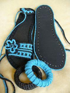 Crocheted sandals created by LeeLu