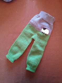 Ravelry: Project Gallery for Sheepy Pants pattern by Mandie Harrington
