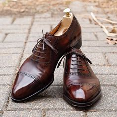 New Elegant Men's Handmade Brown Cap Toe Leather Lace Up Shoes, Men Designer Dress Shoes Upper: High Quality Leather Inner: soft leather Sole: Leather Gender: Male Heel: Leather Style: Cap Toe Shoes, Lace Up Color: Brown Totally Hand Handmade Leather Shoes, Suede Leather Shoes, Leather And Lace, Cap Toe Shoes, Men's Shoes, Shoe Boots, Shoes Men, Men Boots, Designer Dress Shoes