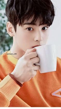 Cute Korean Boys, Asian Boys, Cha Eunwoo Astro, Astro Wallpaper, Good Looking Actors, Lee Jung Suk, Ulzzang Korea, Stylish Mens Outfits, Asian Hotties