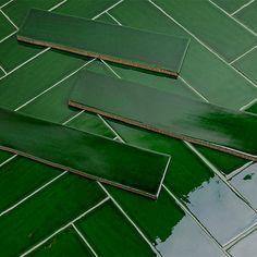 Copper Kitchen Decor, Green Kitchen, Cafe Interior Design, Interior And Exterior, Green Tile Backsplash, Bar Tile, Dental Design, Green Bar, Ceramic Floor Tiles
