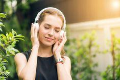 Kesään kuuluu olennaisena asiana kesähitit. Musiikin suoratoistojätti Spotify on jälleen ennustanut, mitkä kappaleet raikuvat suomalaisten soittimista niin rannoilla, terasseilla kuin kotioloissa tänä kesänä. Ennustukset on tehty tarkastelemalla suomalaisten kuuntelutottumuksia. Menoa ja meininkiä vuoden 2021 kesähiteistä ei ainakaan Byron Katie, Meditation Music, Guided Meditation, Characteristics Words, Beste Podcasts, Cyber Safety, Trump Face, Salud Natural, Best Headphones