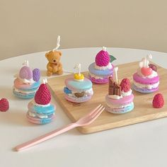 Cute Candles, Best Candles, Fancy Candles, Cafe Food, Aesthetic Food, Scented Candles, Sweet Treats, Sweets, Retro