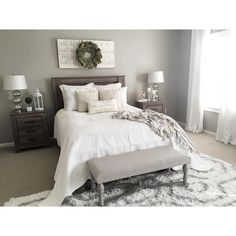 Breathtaking 25 Amazing Guest Bedroom Makeover on a Budget http://decorisme.co/2017/08/09/25-amazing-guest-bedroom-makeover-budget/ Some suggestions for decorating dining rooms are given here. Consequently, if you prefer to choose this idea for an undertaking, we've got some suggestions which may be convenient. Broadly speaking, bedroom interior design ideas may be accessible on account of the broad reach of information.