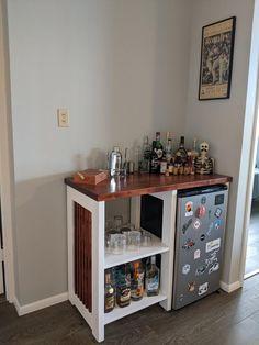 Mini Bar At Home, Diy Home Bar, Bars For Home, Room Design Bedroom, Room Ideas Bedroom, Room Decor, Mini Fridge Bar, Mini Fridge Decor, Mini Fridge In Bedroom