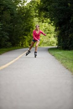yay rollerblading! Forget all those thigh exercises!! :))