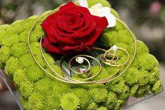 Ringkissen - Blumen Andrea - Ihre Spezialisten für Hochzeits & Trauerfloristik