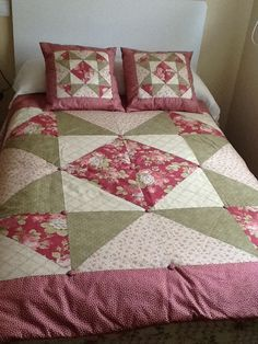 1 million+ Stunning Free Images to Use Anywhere Colchas Quilt, Patch Quilt, Patchwork Quilt Patterns, Patchwork Cushion, Big Block Quilts, Quilt Blocks, Quilting Projects, Quilting Designs, Sewing Pillows