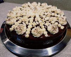 Kuchen aus Lebkuchen Gram Of Sugar, Springform Pan, Bread Crumbs, Sugar And Spice, How To Make Cake, Chocolate Cake, Gingerbread, Desserts, Boss